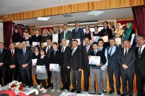 Bakan Yardımcısı Erdem Akşehir'de Tablet Bilgisayar Dağıttı