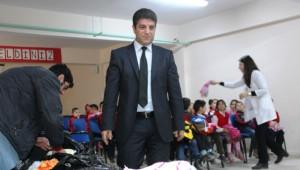İstanbul'dan Vanlı Öğrencilere Yardım