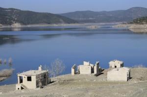 Baraj Yalnızlık Getirdi