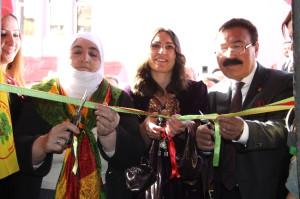 Hakkari'de BDP Seçim Bürosu Açıldı