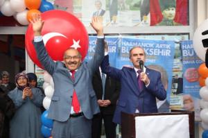 Büyükorhan'da Miting Gibi Karşılama