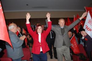 Didim CHP'de 94 Yeni Üyeye Rozet Takıldı