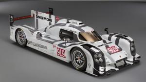Porsche'nin İhtişamlı Hibrit Arabası Yarışlara Hazır