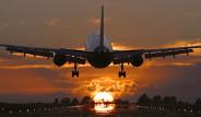 Uçakta Pencere Kenarında Seyahat Neden Güzeldir