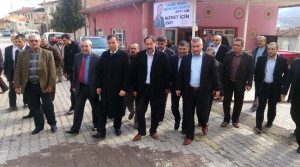 AK Parti'den Mecitözü'nde Gövde Gösterisi