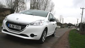 Yeni Teknolojisiyle Peugeot 208
