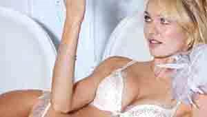 Candice Swanepoel'in Çekim Keyfi
