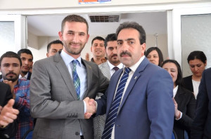 CHP'den İstifa Eden Gençlik Kolu Başkanı AK Parti'ye Geçti
