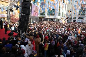 Başkan Topbaş'tan Çatalca'ya Hafif Metro Sözü