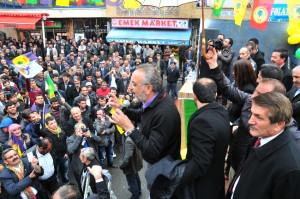 BDP Ağrı Belediye Başkan Adayı Sırrı Sakık Eleşkirt'te