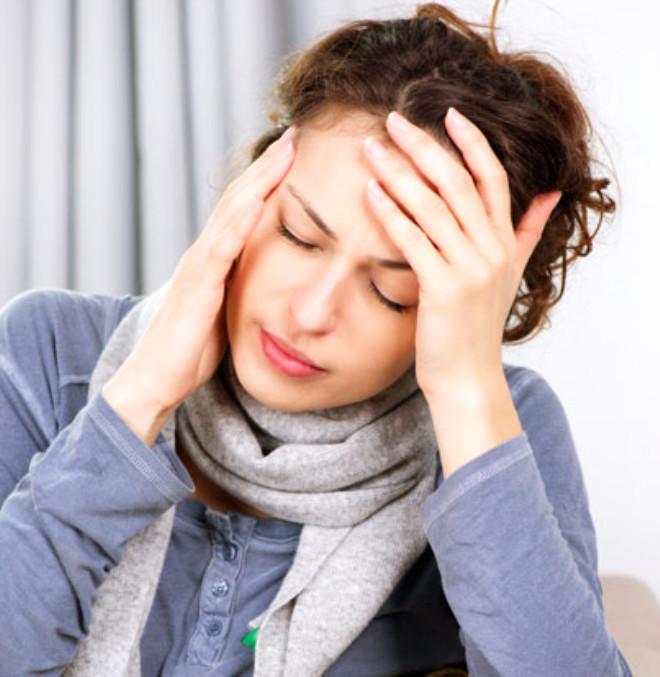 Приступ мигрени во время месячных