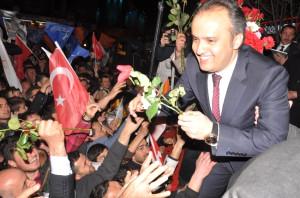 Aktaş, Üçüncü Kez İnegöl Belediye Başkanlığı Koltuğuna Oturdu