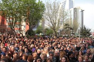 CHP'li Kadınlar, Sarıgül'ün Ardından Hüngür Hüngür Ağladı