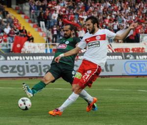 Medical Park Antalyaspor: 1 – Torku Konyaspor: 1 (Ilk Yarı)