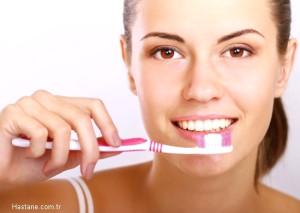 Ağız ve Diş Bakımında Doğru Bildiğimiz Yanlışlar