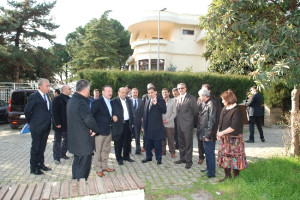 Bakan Işık, İzmit Belediyesi'ni Ziyaret Etti