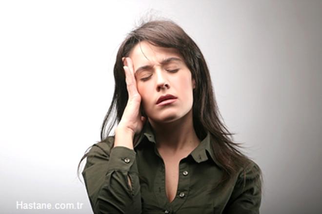 Kişi kronik stres oluşturan durumlardan uzaklaştırılmalıdır.
