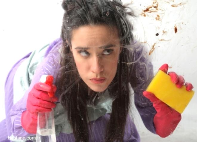 """""""Çoklu Kimyasal Duyarlılık Sendromu"""" kişinin düşük dozda kimyasal maddelere maruz kalındığında reaksiyon gösterdiği semptomlardan oluşan kronik bir tıbbi hastalıktır."""