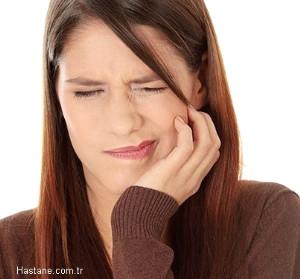 Dişlerinizdeki Bu 10 Belirtiye Dikkat!
