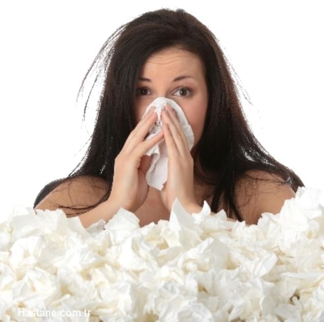 Antibiyotiklerin bile etki etmediği grip salgınından korunmak için neler yapmalı? Uzmanlar açıklıyor...