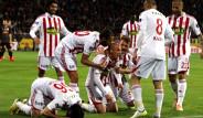 Sivasspor, Galatasaray'ı 2-1 Mağlup Etti