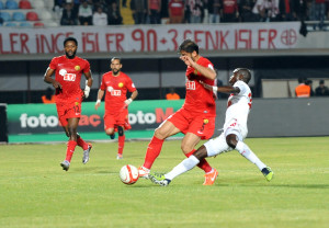 Medical Park Antalyaspor: 1 – Eskişehirspor: 0 (İlk Yarı)