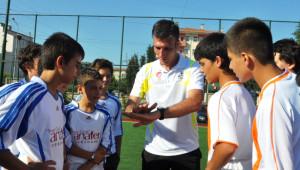 Futbol Takım Oyunu, Bizim Lig Bu Yüzden Edirne'den Öteye Gidemiyor
