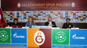 Galatasaray'da, Dostluk İçin Futbol Günü Düzenlendi