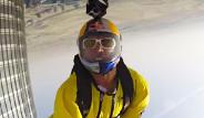 İsviçreli Paraşütçüler 828 Metrelik Gökdelenden Atladı