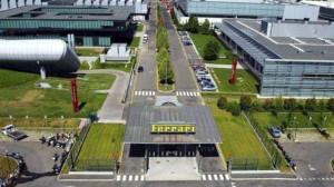Ferrari'nin Fabrikasında Tura Çıkmaya Ne Dersiniz?