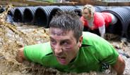 'Tough Mudder' Yarışması İngiltere'de Yapıldı