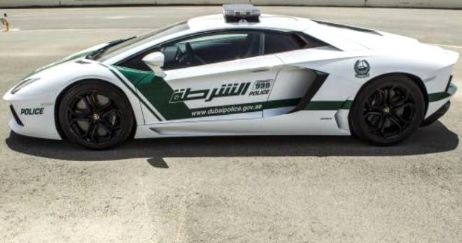 İşte Dubai Polisinin Garajındaki Tüm Otomobiller