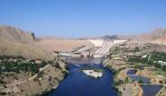 Keban Barajı'nda Su Çekildi, Tarım Başladı