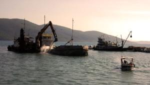 Akyaka Limanı Tehlikeden Kurtuluyor