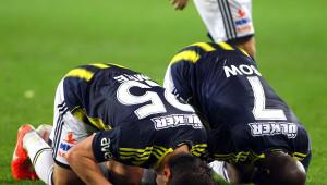 Fenerbahçe: 3 - Kardemir Karabükspor: 0 (İlk Yarı)