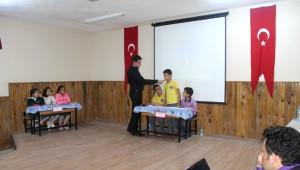 Yumurtalık'ta İlkokullar Arası Bilgi Kültür Yarışması Yapıldı