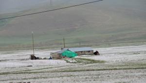 Eleşkirt'te Dolu Yağışı