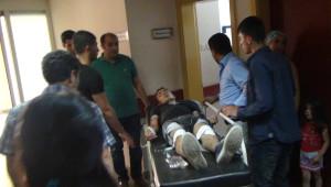 Öğrenci Minibüsü Kamyonetle Çarpıştı: 8 Yaralı