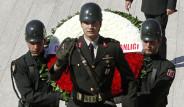 Anıtkabir'de Gençlik ve Spor Bayramı Töreni
