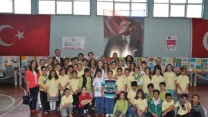 Arif Nihat Asya Ortaokulu'nda Tübitak Bilim Fuarı Düzenlendi