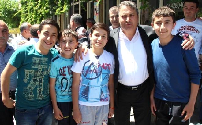Yunus Emre Belediye Başkanı Çerçi Yeni Mahalle Sakinleriyle Buluştu