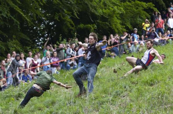 Peynir Kovalama Yarışları İngiltere'de Yapıldı
