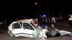 Mezuniyet Yolunda Feci Kaza: 1 Ölü, 3 Yaralı
