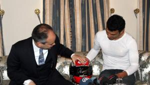 Bakan Kılıç, Ünlü Motosiklet Yarışçısı Sofuoğlu ile Görüştü