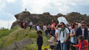 Eğitimcilerden Karacahisar'dan Frigya'ya Kültür Turu