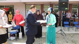 Eleşkirt Halk Eğitim Merkezinde Yılsonu Sertifika Töreni Yapıldı