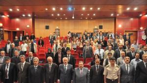 Ahlat'ta 'Arap Harfli Yazıtlar ve Ahlat Mezar Taşları' Çalıştayı Başladı
