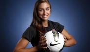 Yeşil Sahaların En Güzel Kadın Futbolcuları