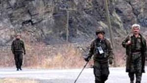 Dargeçit'te Özel Harekat Polislerine Silahlı Saldırı