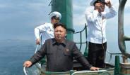 Kuzey Kore Lideri Kim Jong Denizaltı Tepesinde